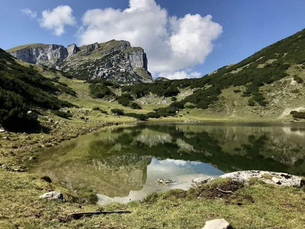 Dieser See gehört auch zur Ferienregion Alpbachtal